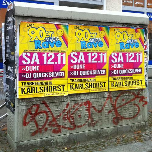 Plakate an Stromkasten